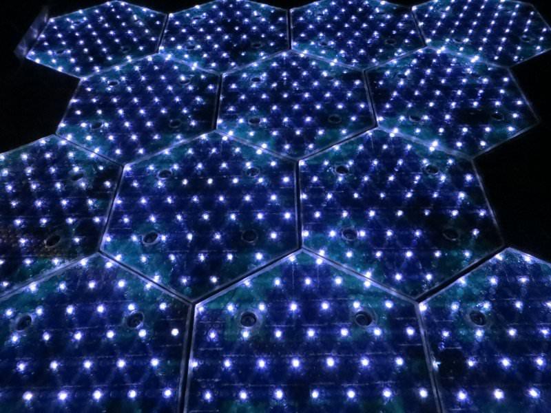 20140429030846-LEDs_-_white